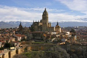 Cathedral_of_Segovia_from_the_Alcazar_(3)